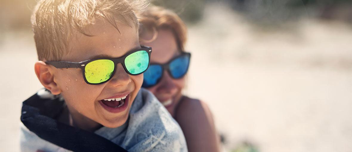 Solglasögon för barn på Synsam
